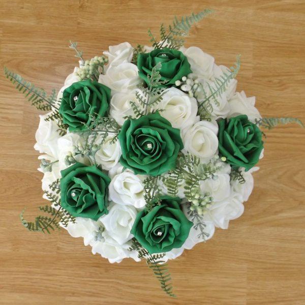 emerald green fern rose brides bouquet