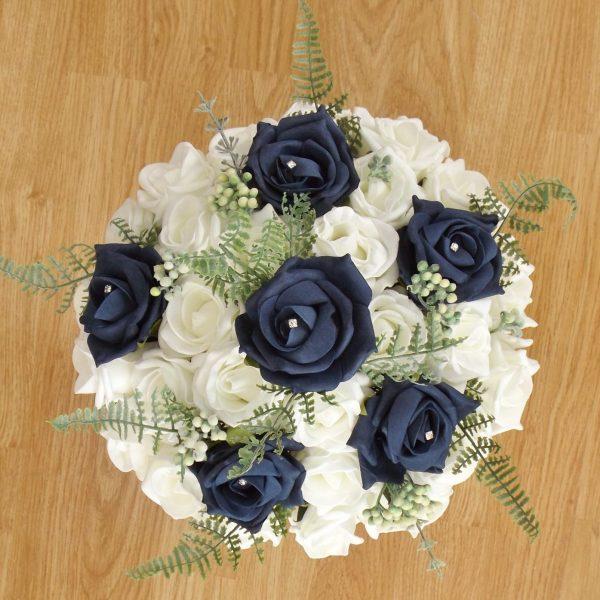 navy fern rose brides bouquet