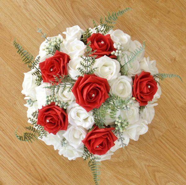 red fern rose brides bouquet