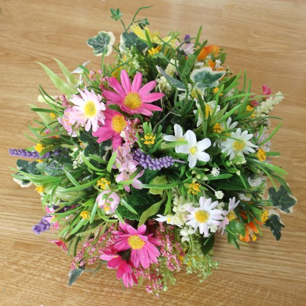 wildflower-table-centrepiece