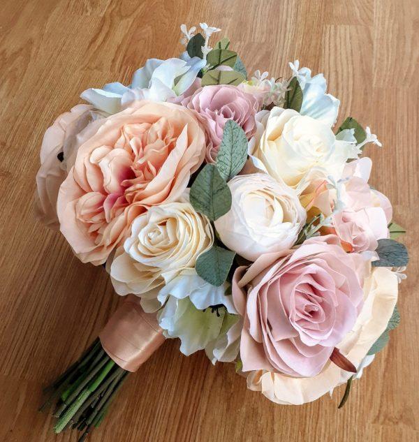 vintage peach and pink brides bouquet