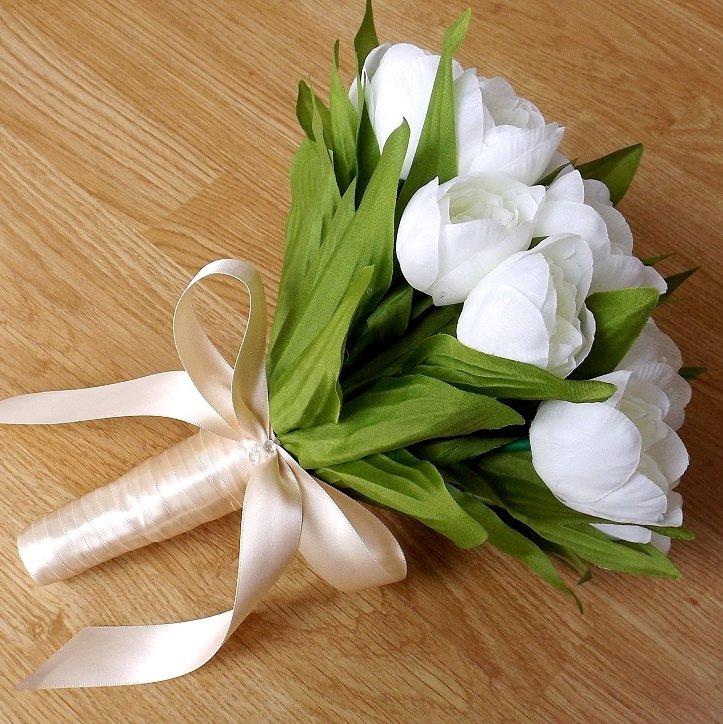 Ivory Silk Tulip & Champane Brides Bouquet