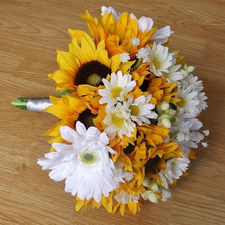 Silk Sunflower & Daisy Brides Bouquet